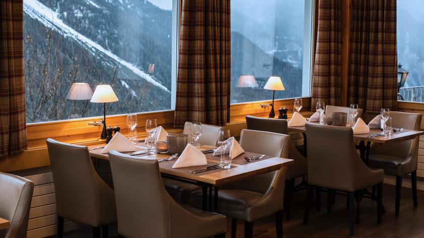 Image of Bellevue Restaurant - 10 of 61.jpg