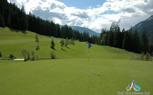 Image of Try our golf package