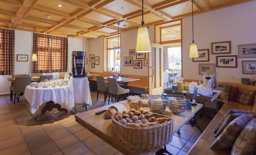 Image of Bellevue Restaurant - 30 of 61.jpg